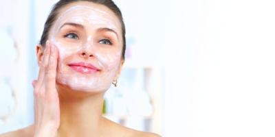 esfoliare la pelle del viso
